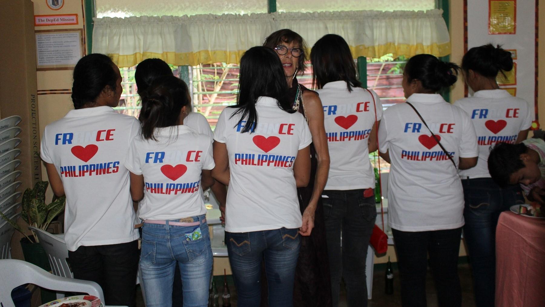 Looc france love philippine 1